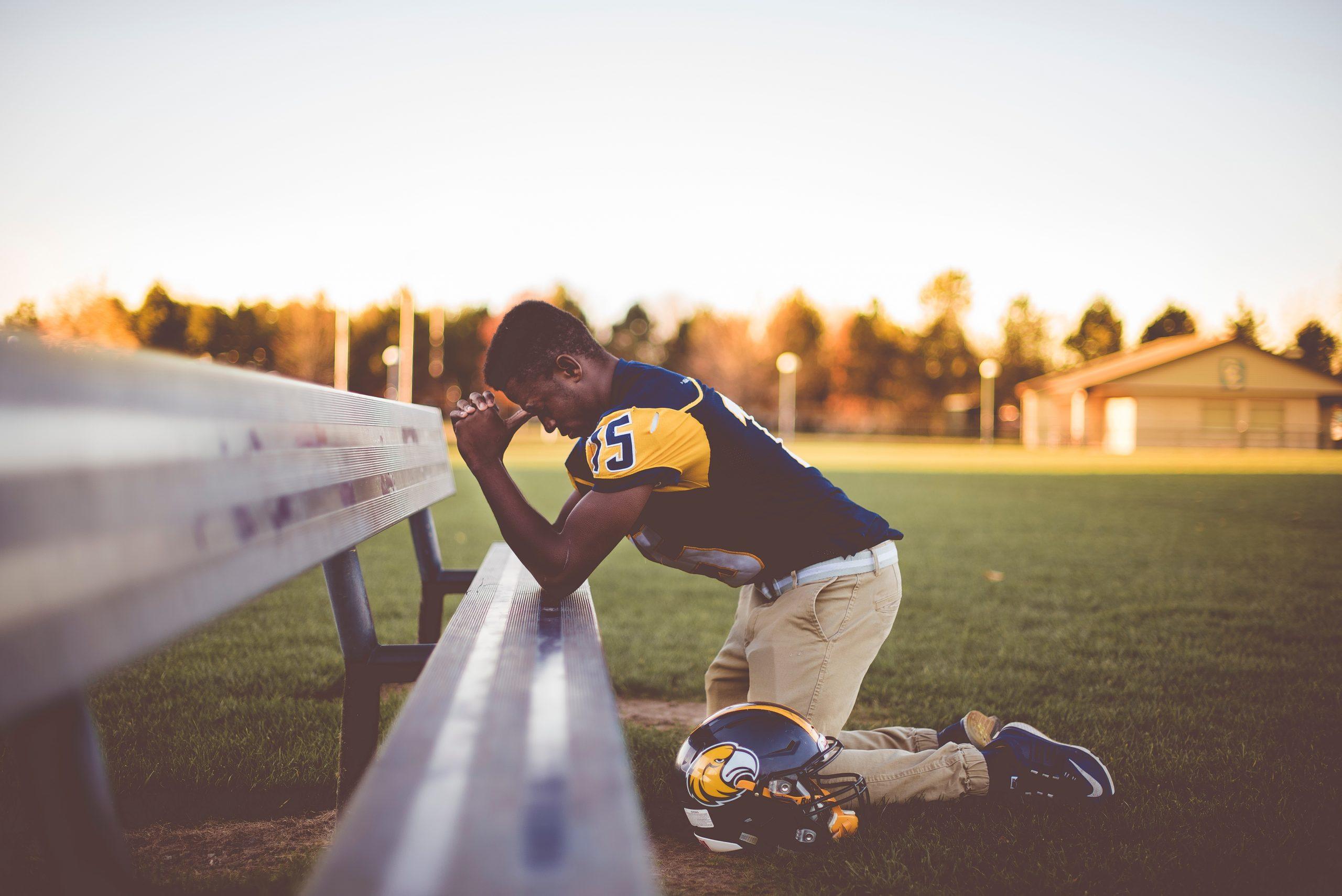 Everyone prays!